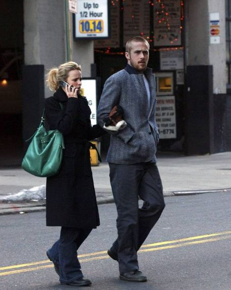 Rachel McAdams  and Ryan Gosling
