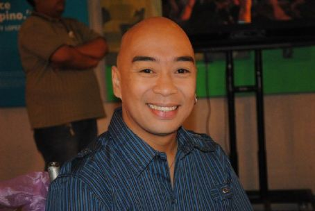 Wally Bayola Pak! Pak! My Dr. Kwak! (2011)