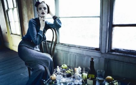 Karen Elson - Vogue Magazine Pictorial [Korea, North] (October 2011)
