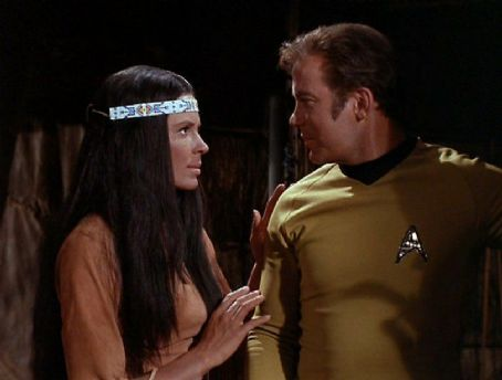 Sabrina Scharf , William Shatner