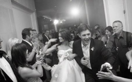 Danneel Ackles - more Jensen Wedding pictures ...........
