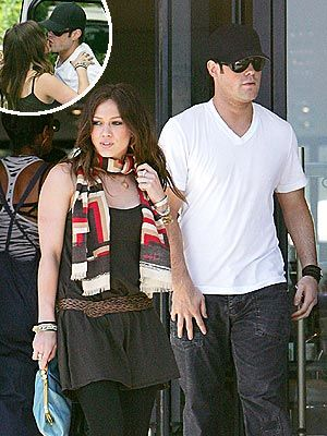 Mike Comrie Hilary Duff and