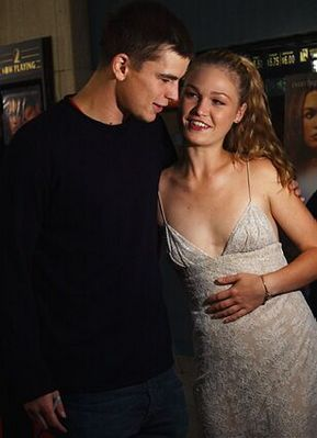 Josh Hartnett and Julia Stiles