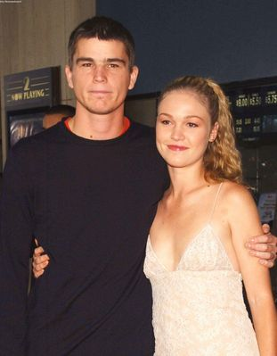 Julia Stiles Josh Hartnett and