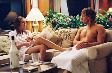 Sara Foster and Owen Wilson in The Big Bounce - 2004