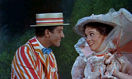 Dick Van Dyke Julie Andrews and  in Mary Poppins (1964)
