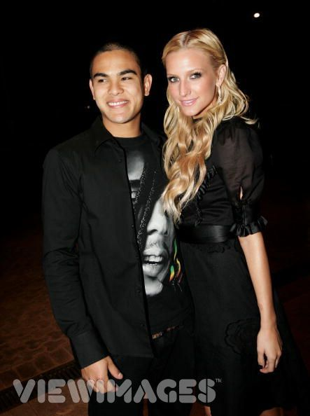 Ashlee Simpson  and Braxton Olita