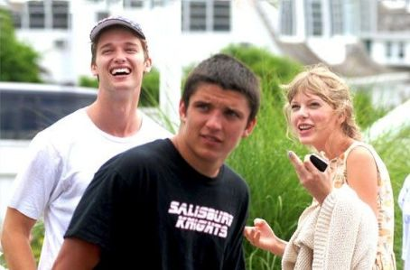 Patrick Schwarzenegger Taylor Swift FIREWORKS with