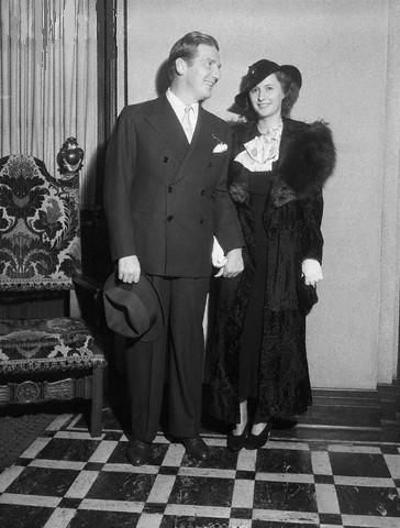 Barbara Stanwyck Frank Fay and
