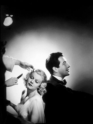 Jean Harlow  and Robert Taylor