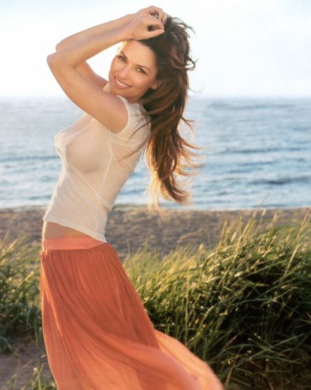Shania Twain on the beach