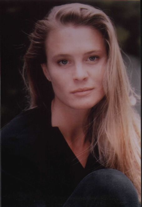 Robin Wright  in State of Grace (1990)