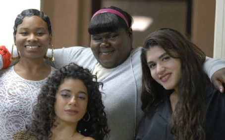 Chyna Layne L to R:  as Rhonda, Angelic Zambrana as Consuelo, Gabourey 'Gabby' Sidibe as Clareece and Stephanie Andujar as Rita in PRECIOUS: BASED ON THE NOVEL PUSH BY SAPPHIRE.