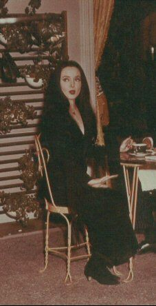 Carolyn Jones  on the set of
