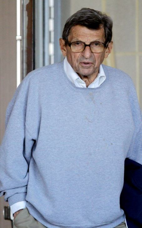 Joe Paterno Family Denies Report that  Has Passed Away