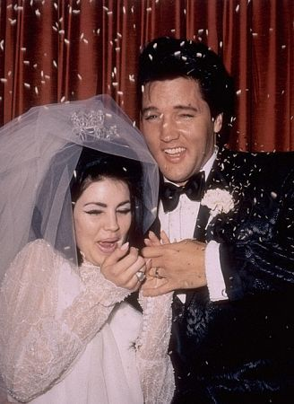 Priscilla Presley  and Elvis Presley