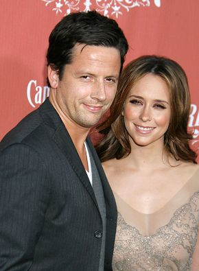 Ross McCall Jennifer Love Hewitt and