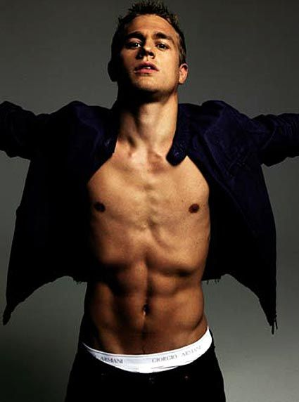 Charlie Hunnam fitty!!!