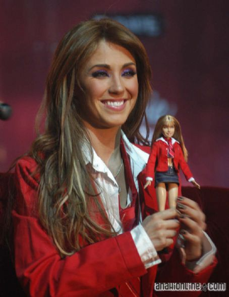 Rebelde Anahi Portillo