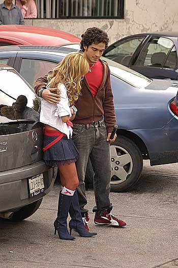 Rebelde Alfonso Herrera and Anahi Portillo