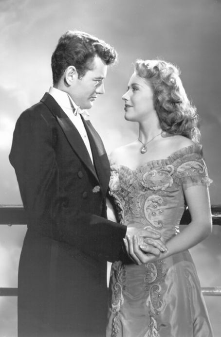 Robert Walker  and Dorothy Patrick