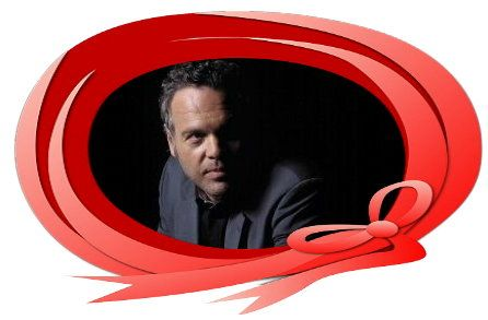 Vincent D'Onofrio This is one man who would look great in a bow anyday