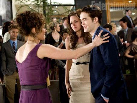 Sarah Clarke - Breaking Dawn Stills from EW November 18, 2011