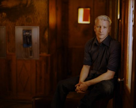 Anderson Cooper  looking relaxed.