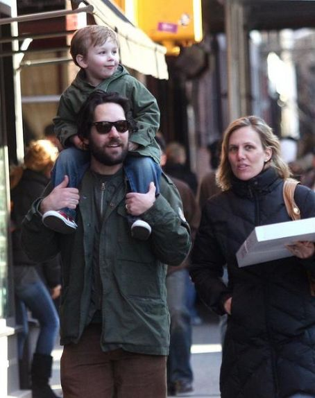 Paul Rudd Julie Yaeger and