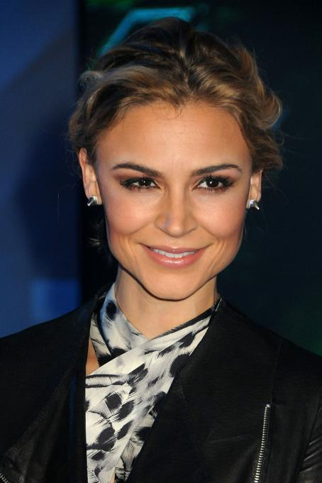 Samaire Armstrong - Premiere of 'TRON Legacy' at the El Capitan Theatre on December 11, 2010 in Hollywood, California