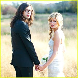 Nathan Followill and Jessie Braylin