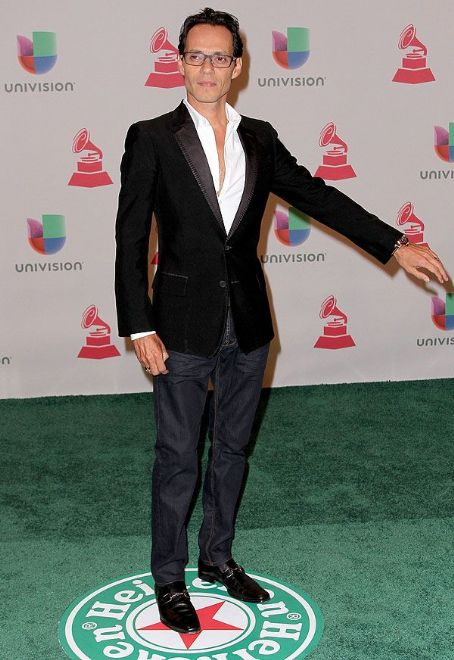 Marc Anthony: Green Carpet Arrivals at the Latin Grammy Awards 2014