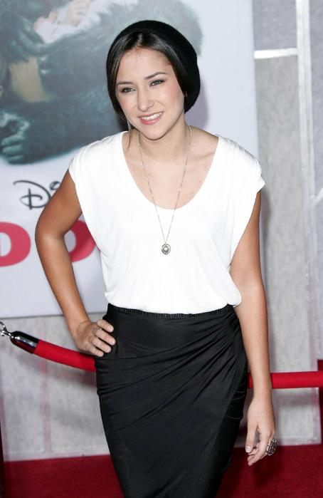 Zelda Williams - World Premiere Of Walt Disney Pictures 'Old Dogs' On November 09, 2009 At The El Capitan Theatre In Hollywood, California