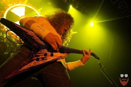 "Megadeth executes sold-out ""Countdown To Extinction"" anniversary Show in Pomona"