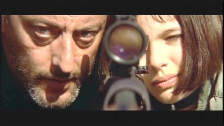 Jean Reno as Leon and Natalie Portman as Mathilda in Léon The Professional.