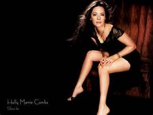Holly Marie Combs- Gorgeous Legs