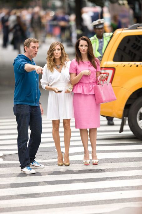 Michael Patrick King (L-r) Writer-producer-director MICHAEL PATRICK KING, SARAH JESSICA PARKER and KRISTIN DAVIS on the set of New Line Cinema's comedy 'SEX AND THE CITY 2,' a Warner Bros. Pictures release. Photo by Craig Blankenhorn