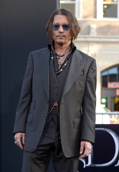"Johnny Depp - Premiere Of Warner Bros. Pictures' ""Dark Shadows"" - Arrivals"