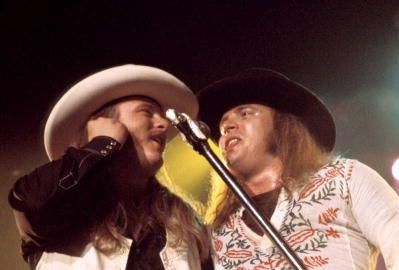 Ronnie Van Zant - Photo of Donnie VAN ZANT and LYNYRD SKYNYRD and Ronnie VAN ZANT