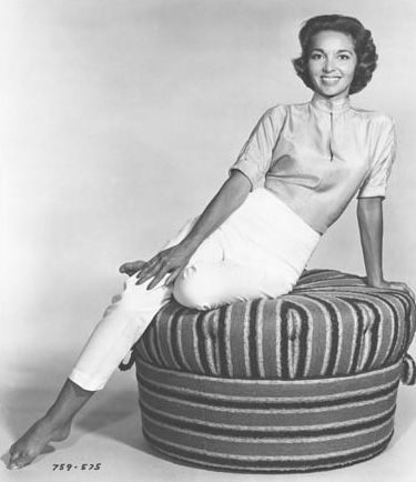 Beverly Garland ...Great Figure!