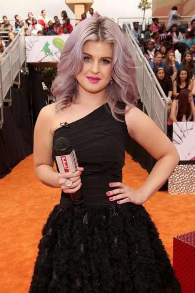 Kelly Osbourne arrives at Nickelodeon's 25th Annual Kids' Choice Awards held at Galen Center on March 31, 2012 in Los Angeles