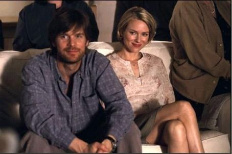 We Don't Live Here Anymore Naomi Watts as Edith Evans and Peter Krause as Hank Evans in Warner Independent's We Don't Live Here Anymore - 2004