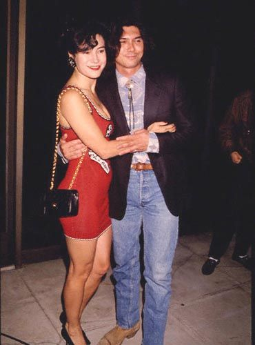 Jennifer Tilly  and Lou Diamond Phillips
