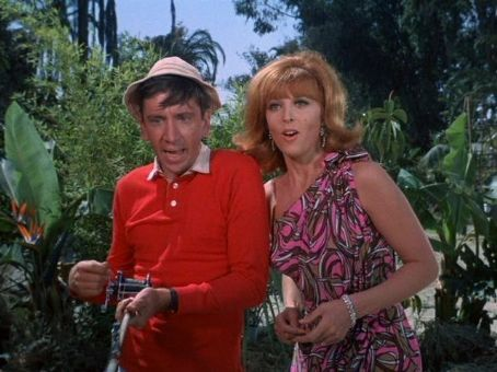 Gilligan's Island - I-It's....A S-Shark!