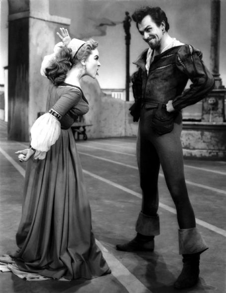 Kathryn Grayson - Kathryn & Howard Keel in Kiss Me Kate