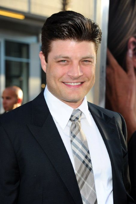Jay R. Ferguson Los Angeles Premiere Of Warner Bros. Pictures'