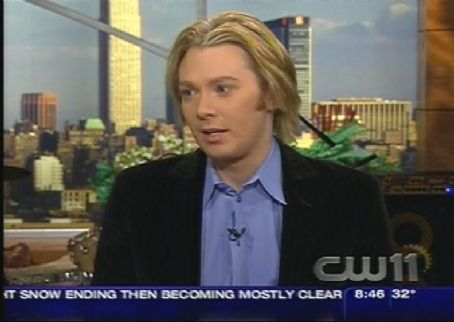 Clay Aiken  on CW11