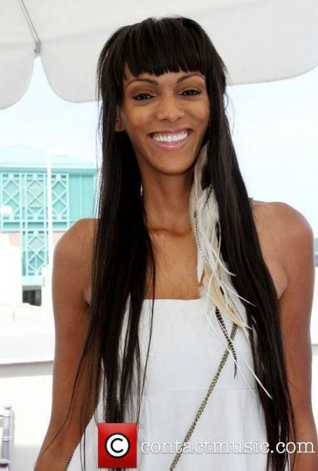 Judith Shekoni - HD Wallpapers