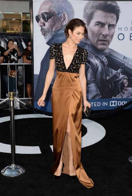 Olga Kurylenko - 'Oblivion' Premieres in Hollywood 4