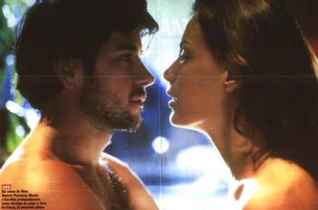 Murilo Benício Carolina Ferraz and Murilo Benicio in Amores Possíveis (2001)